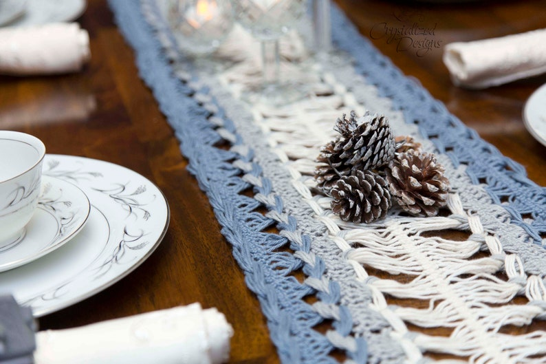 PDF Crochet PATTERN Hairpin Lace Table Runner image 0