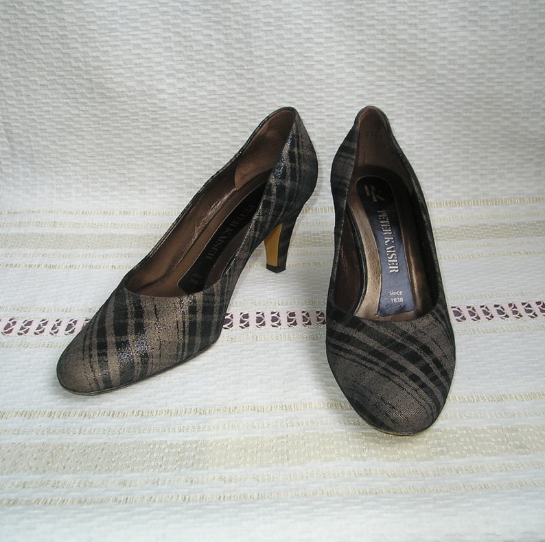 check out 1c7b8 656bc 35-36 (eur) 4.5-6 (us) PETER KAISER Vintage Nubuck Leather Heels, size  35-36 (eur) 4.5-6 (us)