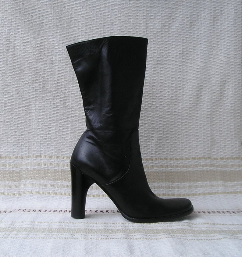 6cb300bfc73 Vintage Italian square toe high heels black leather boots