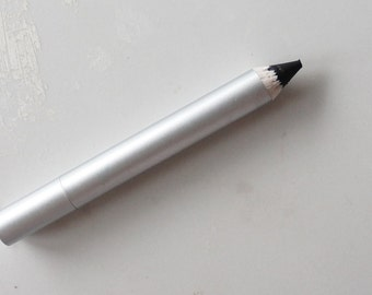Soft Black Chubbie eyeliner Pencil Vegan  Makeup Eyeshadow  Eye Shadow eyes For All Eye Colors