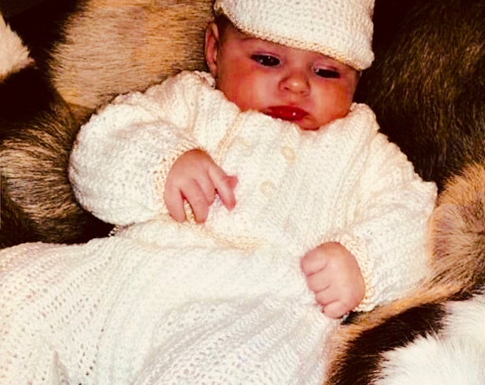 Crochet baby layette 4 piece set, your choice of colors and trim, Handmade welcome home outfit, long sleeve jacket/booties/cap/pants