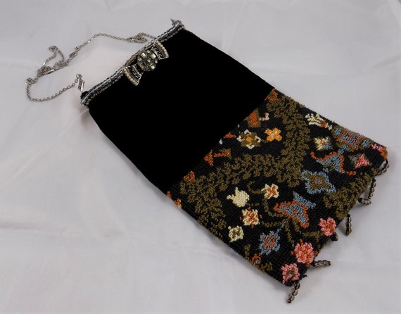 Vintage 1950's Cara Purse Carpetbag Needlepoint Ta