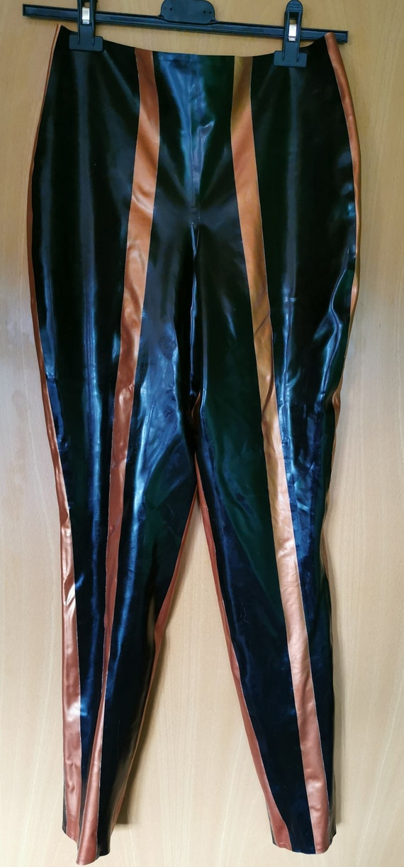 gestreifte Latex Leggins