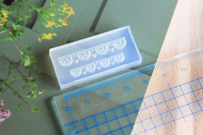 Ribbon and lace Dollhouse Miniature Lace Mold