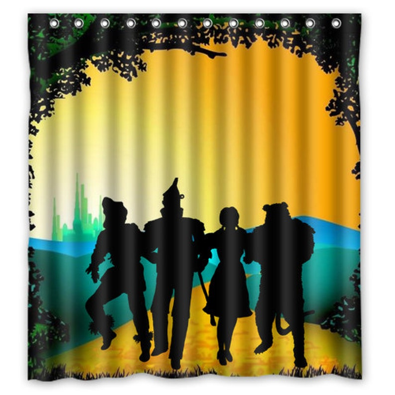 Off To See The Wizard Of Oz Shower Curtain Emerald City