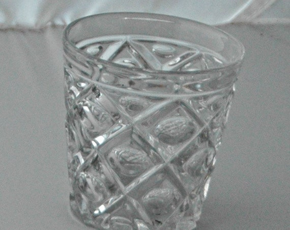 "Rare Antique 1840-50s DIAMOND THUMBPRINT FLINT Glass Whiskey Tumbler or Beaker 3  11/16""t Polished Pontil, No Chips or Cracks, 175 yrs Old"