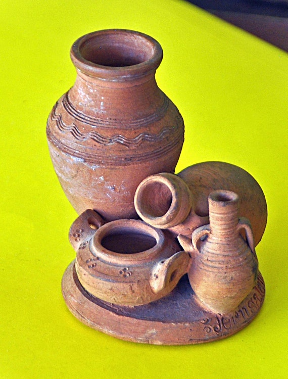 Vintage 1929 JERUSALEM REDWARE D. E. C. POTTERY Group of Vases/Containers Exc. Condition