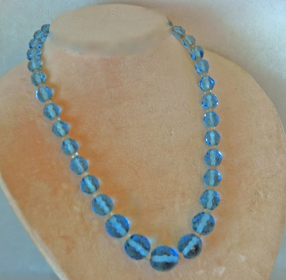 """Reduced: Vintage 1930s Graduated BLUE AURORA BOREALIS Crystals Separated by 3mm Clear Faceted Spacers Necklace 15"""" L  V G Condition"""