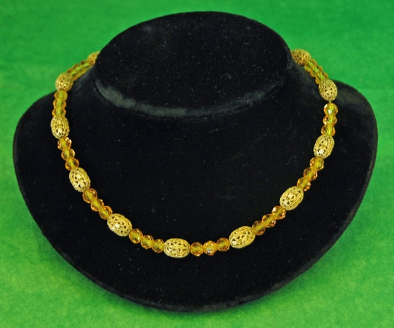 """Vintage Cut Faceted AMBER Glass BEADS n BRASS Filigree Open Work Beads 16"""" Choker Metal Chain String Mid Century Exc Condition"""
