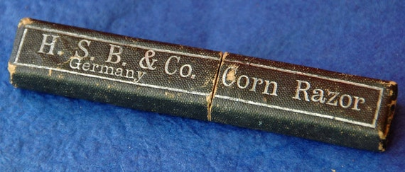Vintage H. S. B. & Co. Corn Razor Box ONLY no razor. Box in Good Condition, Great Addition if you have a H. S. B. n Co Razor -