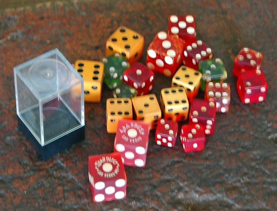 Reduced: Assorted VINTAGE DICE - Las VEGAS Star Dust, Green, Bakelite, Very Collectible, Good Estate Condition, Great For the Dice Collector