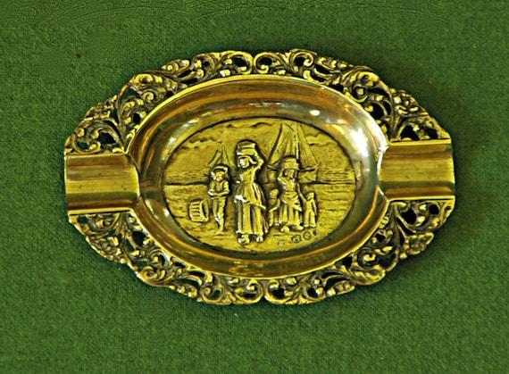 Vintage DUTCH REPOUSSE & AJOURE 1929 Oval Ash Tray, 4 Hallmrks; Worn Maker's Mrk, Lion Passant-Silver Purity 833, Amsterdam Head Assay Mrk A