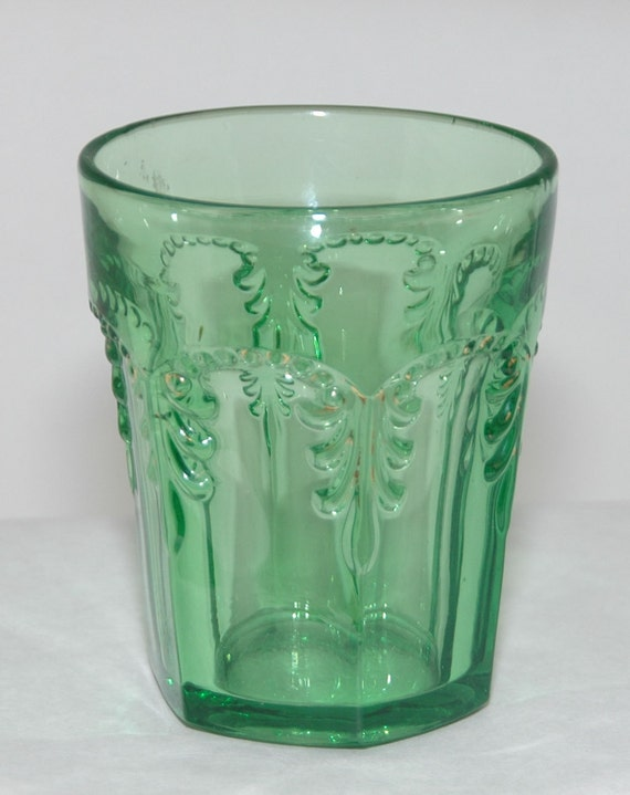 "Antique Emerald GREEN PRISCILLA #2 TUMBLER (Acanthus Leaf) Rare Early Fostoria Line #676 Ca 1898, 3 3/4"" t, Excellent Condition"