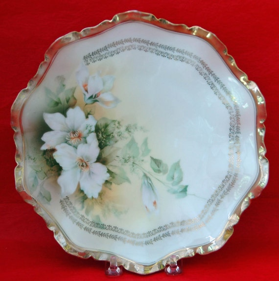 "Antique R S PRUSSIA 8 1'2"" PLATE White Flowers Heavy Gold Rim n Red Steeple Mark Reinhold Schleglemilch Suhl Germany Exc Condition"