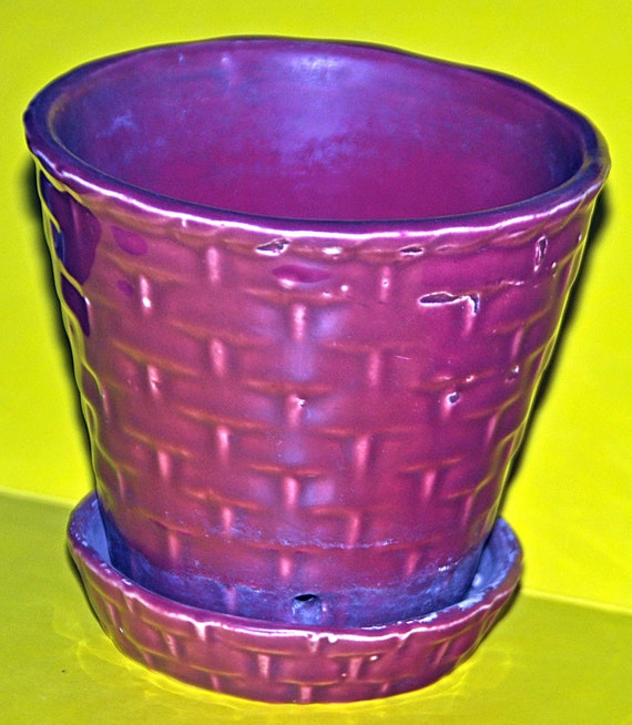 Vintage Scarce MORTON POTTERY 'BASKETWEAVE' Burgundy (Maroon) Flower Planter With Attached Saucer No Mark  Very Good Vintage Condition