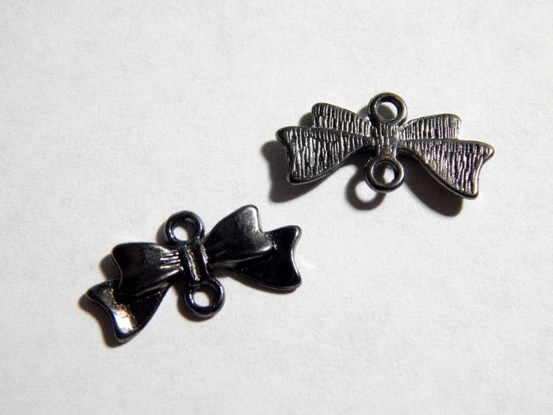6 PC 20x10mm Gunmetal Bow Connectors Jewelry Finding Bowtie Charm Links INDOC9