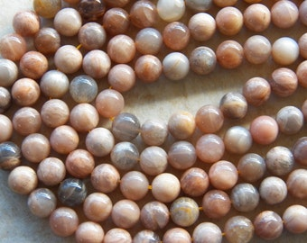 10mm Natural Sunstone Polished Round Semi-Precious Beads, Half Strand (IND2C30)