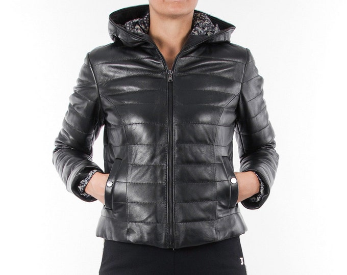 Italian handmade Women genuine soft lambskin leather hooded quilted warm jacket slim fit color black