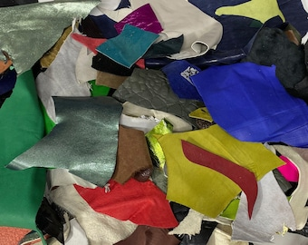 1lb MIX COLORS SURPRISE Pack Italian leather assorted lamb goat pieces scraps remnants scrap leatherworking leather for Earrings crafts