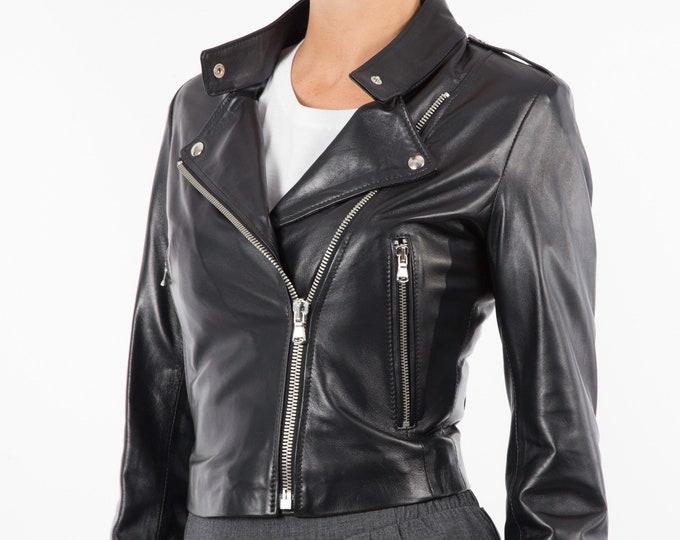 Italian handmade Women genuine soft lambskin leather trendy cropped biker jacket slim fit color Black