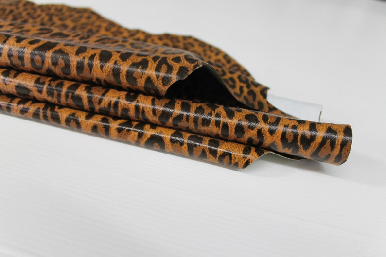 TAN LEOPARD print soft Italian Lambskin Lamb Sheep Leather material for sewing crafts skin hide skins hides 6sqf 0.6mm #A6404