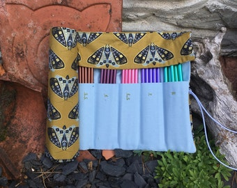 DPN Needle Case, Holds 2mm-8mm double pointed knitting needles. Moth  fabric.