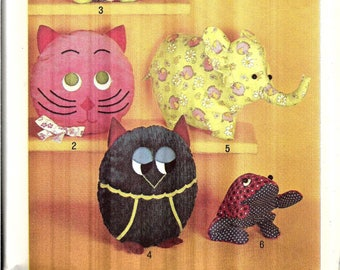 Vintage Pillow Toys Sewing Pattern, Pajama Bags Pattern, Stuffed Monkey, Cat, Turtle, Owl, Elephant and Frog, 1970s Craft Pattern, Uncut