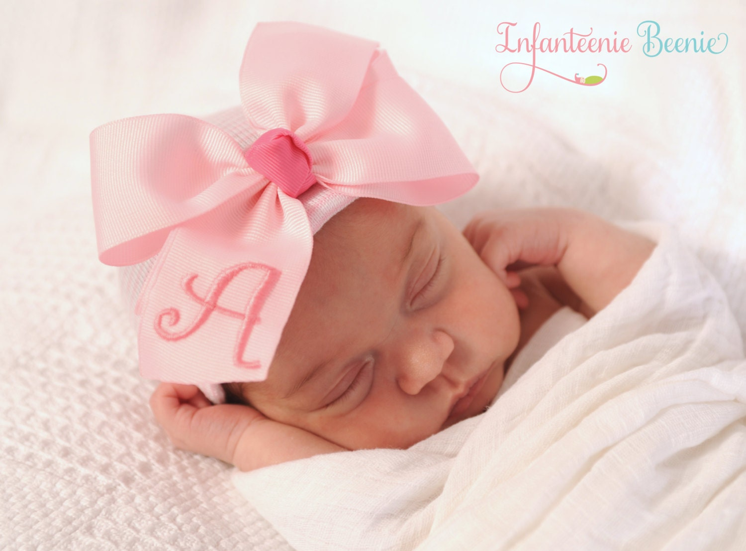 Jacquis Baby Girls Pink Dainty Roses Hat and Booties