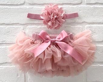 6a1365735ccc6 Baby Girl Ruffle Bottom Tutu Bloomer Headband Set in Mauve - Newborn Photo  Set - Cake Smash - Diaper Cover - Baby Gift - First Birthday