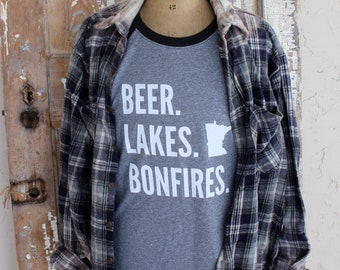 BEER LAKES BONFIRES Black Plaid White and Charcoal Heathered Gray Baseball T Shirt