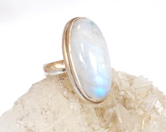 MOONSTONE RING- Opalescent White Gemstone- Lg Oval Moonstone Cabochon Ring- Mineral Ring for calm- Sterling Silver- size 7- June Birthstone