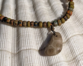 Rustic Petoskey Stone Seed Bead Necklace, Boho Jewelry, Layering Necklace, Colorful Seed Bead Necklace, Petoskey Jewelry, Simple Jewelry