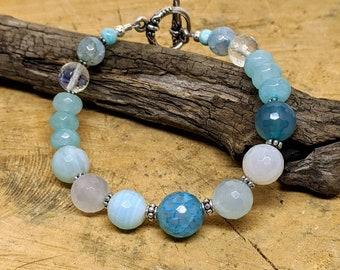 Blue Agate Bracelet, Light Blue Faceted Agate Quartz Bracelet, Stacking Bracelet, Agate Bracelet, Gemstone Bracelet, Blue Bracelet