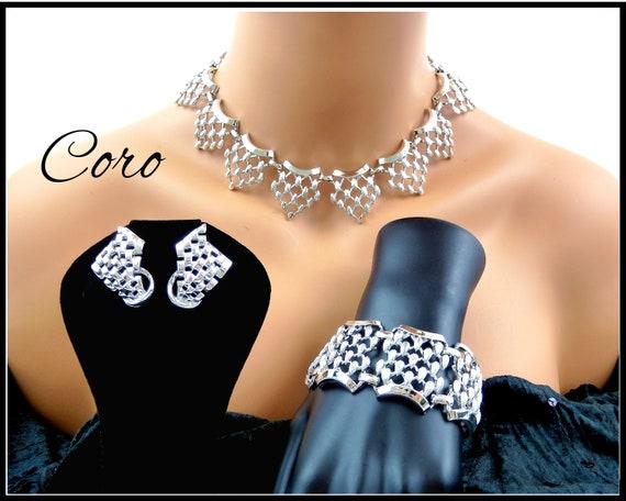 Checkerboard Necklace Set
