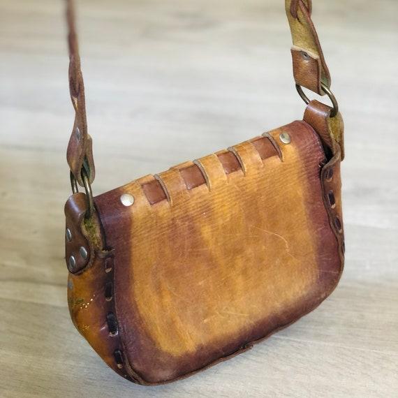Vintage boho hippie tooled and woven leather Sadd… - image 4