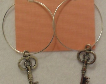 HUGE SALE: Silver Old-fashioned Key Charm Hoops Earrings