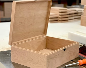 Unfinished Wood Box with Lid 13 3/8 x 10 1/4 x 4 3/4 Handmade-Gifts-Memory Box-Engravable Wood Box-Personalized-Handcrafted Wood Storage Box