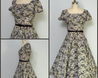 1950s dress / 50s Dress / Vintage floral party dress with full skirt / Pinup Dress / Viva Las Vegas