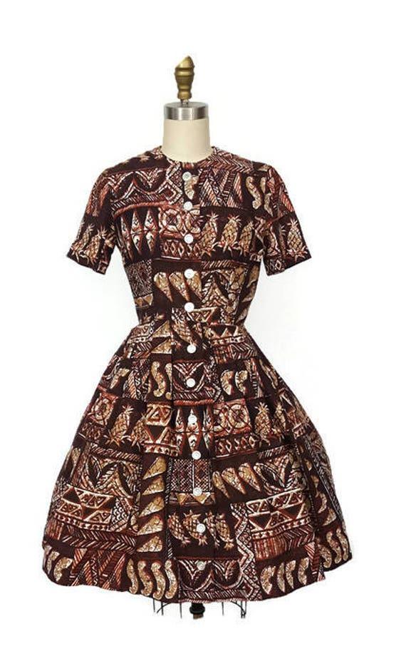 Vintage Tiki Shirtwaist dress / Vintage pineapple