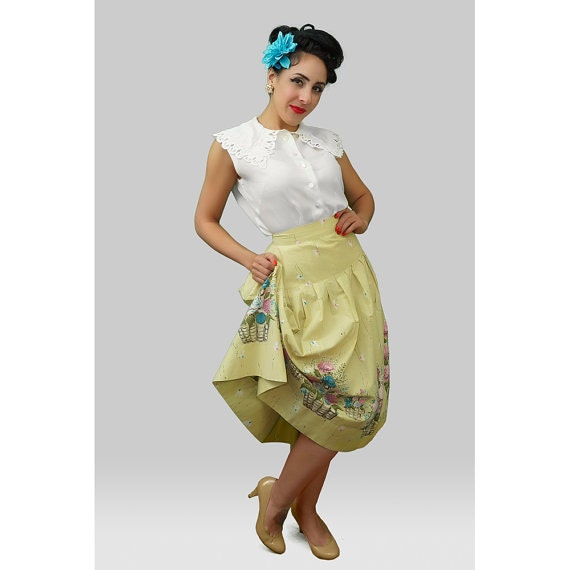 1950s Fashion / 50s Skirt / 1950s Floral Print Ski