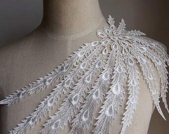 Lace Applique in soft White , Venice Lace Applique ,Jewelry Design