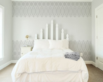 Stor Trellis Stencil from The Stencil Studio Scandinavian stencils range. Reusable, easy to use. Size 25.3 x 21.4 inches. 10391XL