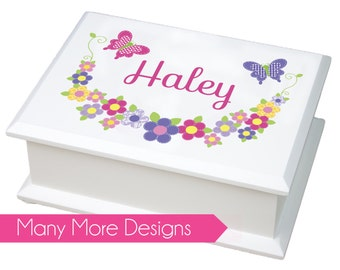 fc9b13cdb0 Personalized Jewelry Box - white girls jewelry box with owl, flowers,  butterflies and other custom designs - 1st Holy Communion Gift- JEWEB