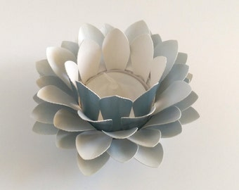 Paper Lotus Lantern -Metallic Light Blue-