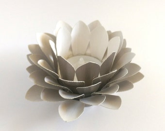Paper Lotus Lantern -Metallic Pale Gold-