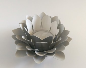 Paper Lotus Lantern -Metallic Grey-