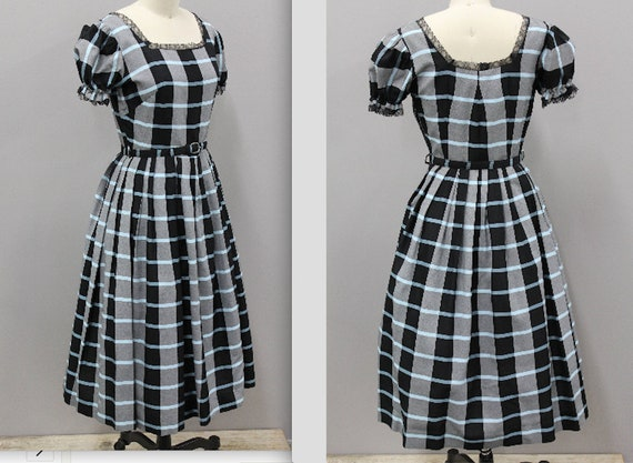 Vintage 1950s Housedress with Blue and Black Plaid