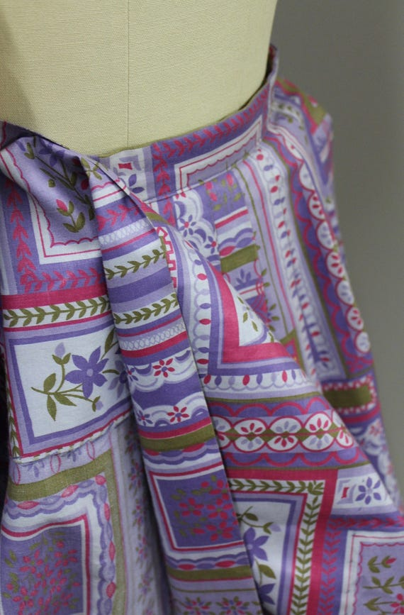 XS Vintage Novelty Print Cotton Circle Skirt, Vin… - image 5