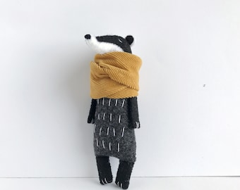 Badger Toy in mustard scarf , Felt Animals, Woodland Softie, Woodland Animals, Stuffed Toys, Badger Plushie, Birthday Gift, Soft Toy