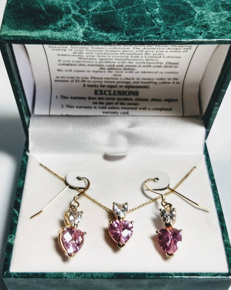 Pink Pink CZ Gold Tone Necklace Earrings in Box heart Shaped Stones Vintage Suzanne Somers Jewelry Set